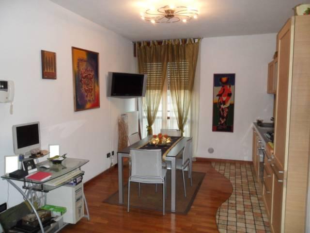 Appartamento in affitto a Mariano Comense, 2 locali, prezzo € 500 | CambioCasa.it