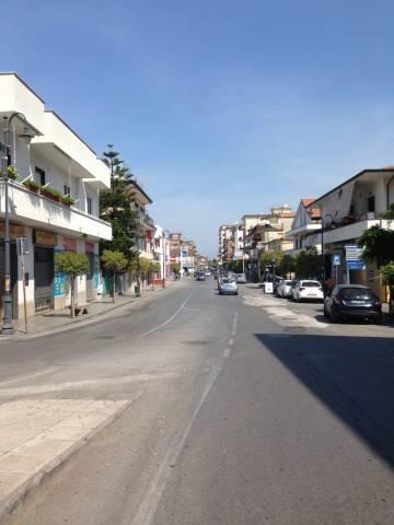 Negozio / Locale in vendita a Agropoli, 9999 locali, prezzo € 225.000 | CambioCasa.it