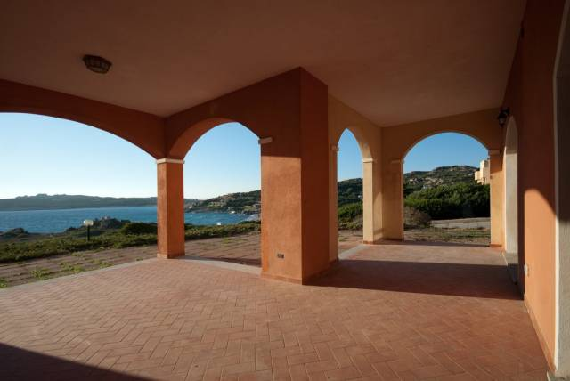 Appartamento in vendita a Santa Teresa Gallura, 4 locali, prezzo € 620.000 | CambioCasa.it