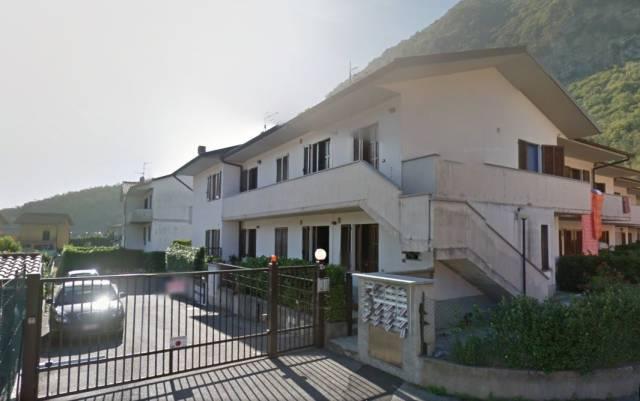 Appartamento in affitto a Asso, 2 locali, prezzo € 450 | CambioCasa.it