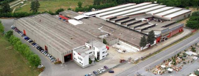 Capannone in vendita a Monticello d'Alba, 6 locali, prezzo € 2.400.000 | CambioCasa.it