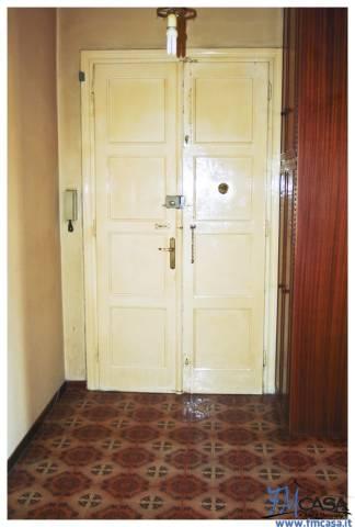 Appartamento in vendita a Trieste, 3 locali, prezzo € 59.000   CambioCasa.it