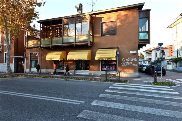 Negozio / Locale in vendita a Monza, 9999 locali, zona Zona: 4 . Regina Pacis, San Donato, prezzo € 190.000 | CambioCasa.it