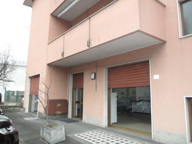 Ufficio / Studio in affitto a Lurago d'Erba, 2 locali, prezzo € 450 | CambioCasa.it