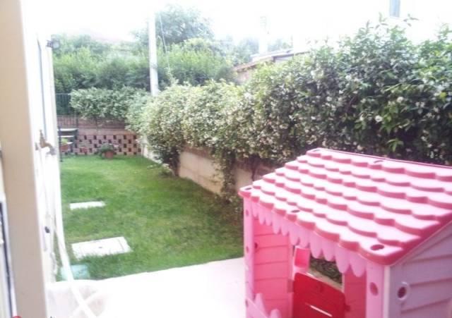 Appartamento in vendita a Pianella, 4 locali, prezzo € 132.000 | CambioCasa.it