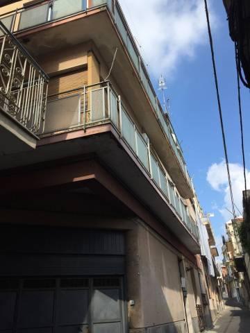 Appartamento in vendita a Paternò, 5 locali, prezzo € 105.000 | CambioCasa.it