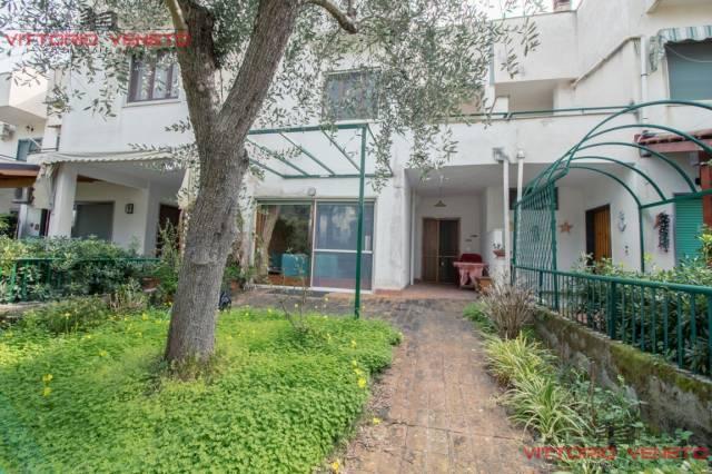 Villa a Schiera in vendita a Montecorice, 4 locali, prezzo € 370.000   CambioCasa.it