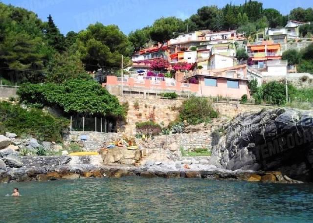 Villa a schiera andora vendita 60 mq for Conca verde piscine
