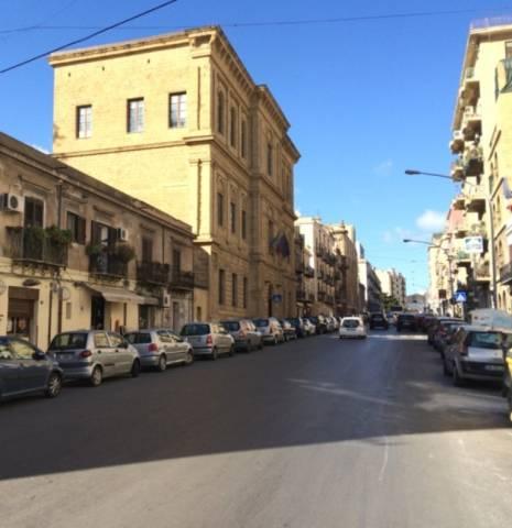 Negozio / Locale in affitto a Palermo, 1 locali, prezzo € 470 | CambioCasa.it