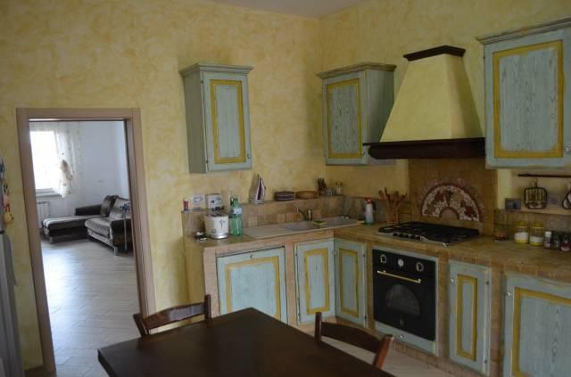 Appartamento in vendita a Scandicci, 4 locali, prezzo € 239.000 | CambioCasa.it