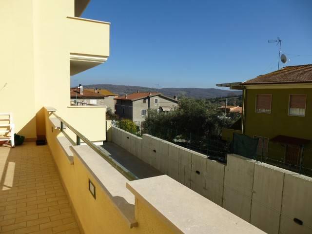Appartamento in vendita a Monte Romano, 3 locali, prezzo € 130.000 | CambioCasa.it