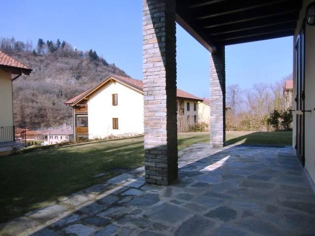 Appartamento in vendita a Magreglio, 3 locali, prezzo € 150.000 | CambioCasa.it