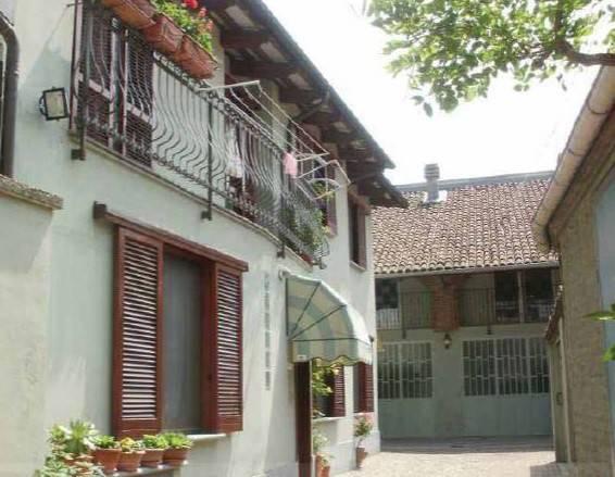 Soluzione Indipendente in vendita a Carignano, 6 locali, prezzo € 70.000 | CambioCasa.it