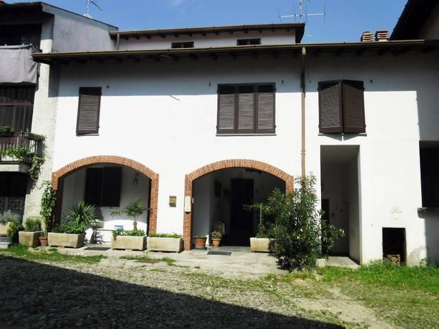 Soluzione Indipendente in vendita a Brunello, 5 locali, prezzo € 135.000 | CambioCasa.it