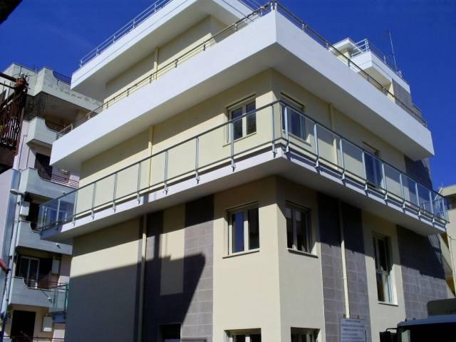 Attico / Mansarda in vendita a Triggiano, 3 locali, prezzo € 190.000 | CambioCasa.it