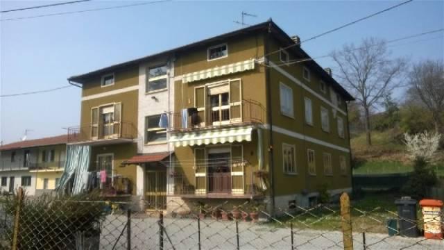 Appartamento in vendita a Banchette, 4 locali, prezzo € 79.000 | CambioCasa.it