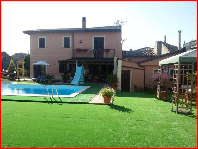 Villa in vendita a Castiglione di Sicilia, 6 locali, prezzo € 420.000 | CambioCasa.it
