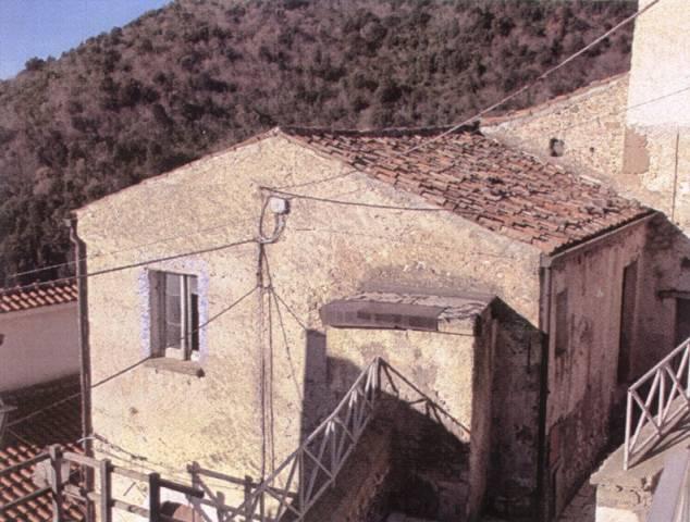Appartamento in vendita a Presenzano, 2 locali, prezzo € 10.000   CambioCasa.it