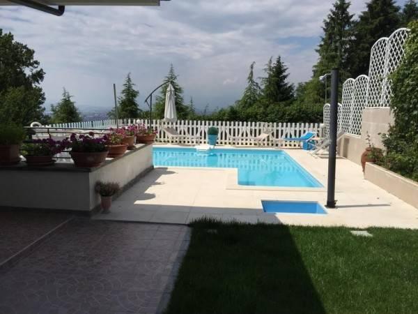 Villa in vendita a Moncalieri, 6 locali, prezzo € 680.000 | CambioCasa.it