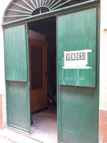 Magazzino in vendita a Albano Laziale, 1 locali, prezzo € 32.000   CambioCasa.it