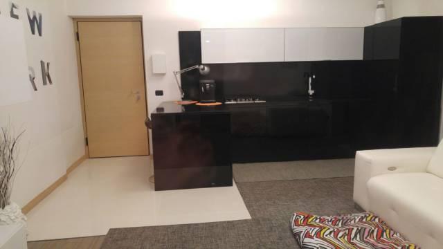 Appartamento in affitto a Sona, 2 locali, prezzo € 500 | CambioCasa.it