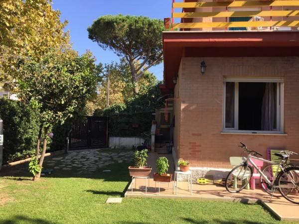 Villa in vendita a Santa Marinella, 4 locali, prezzo € 440.000 | CambioCasa.it