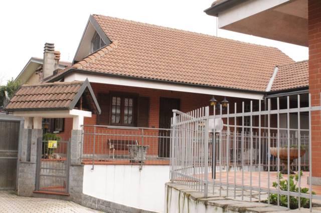 Villa in vendita a Rivalta di Torino, 6 locali, prezzo € 355.000 | CambioCasa.it