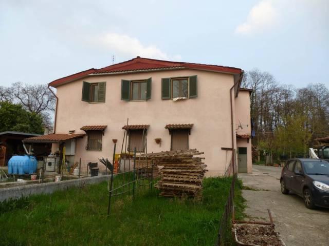 Rustico / Casale in vendita a Cave, 4 locali, prezzo € 139.000 | CambioCasa.it