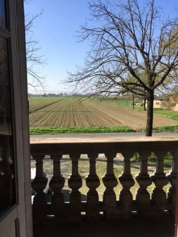 Rustico / Casale in vendita a Parma, 6 locali, prezzo € 600.000   CambioCasa.it