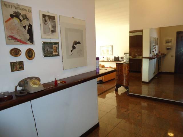 Appartamento in vendita a Lesmo, 3 locali, Trattative riservate | CambioCasa.it