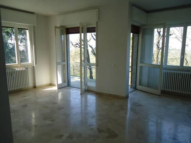 Appartamento in vendita a Sirtori, 3 locali, prezzo € 135.000 | CambioCasa.it