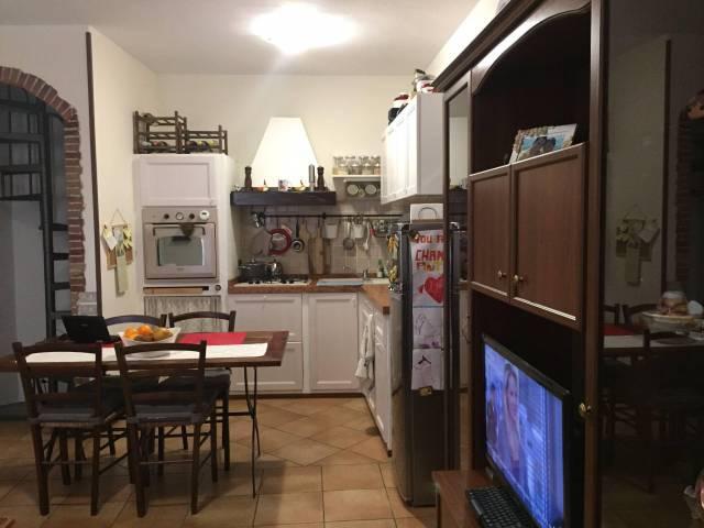 Appartamento in vendita a Lesmo, 2 locali, prezzo € 85.000 | CambioCasa.it