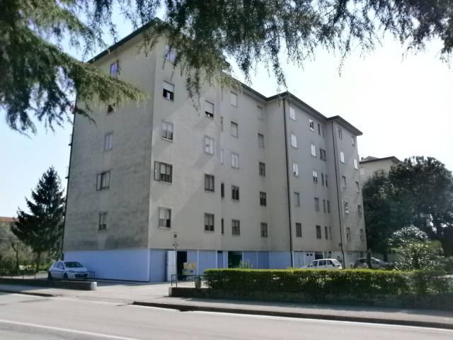 Appartamento in vendita a Vicenza, 4 locali, prezzo € 70.000 | CambioCasa.it