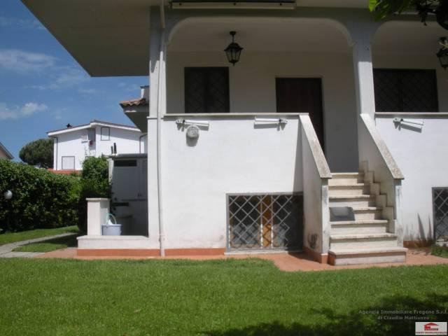 Villa in vendita a Fiumicino, 5 locali, prezzo € 350.000 | CambioCasa.it