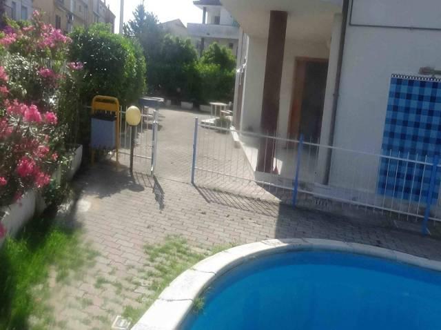 Villa in affitto a Villapiana, 4 locali, prezzo € 299 | CambioCasa.it
