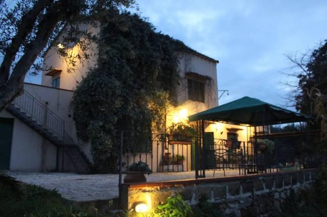 Rustico / Casale in vendita a Partinico, 6 locali, Trattative riservate | CambioCasa.it