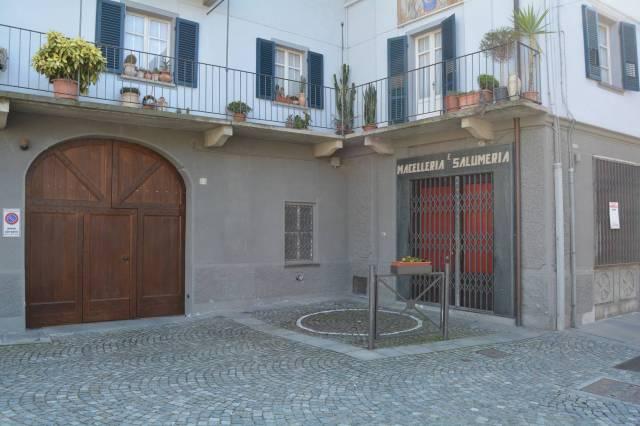 Negozio / Locale in vendita a Barge, 6 locali, prezzo € 70.000   CambioCasa.it