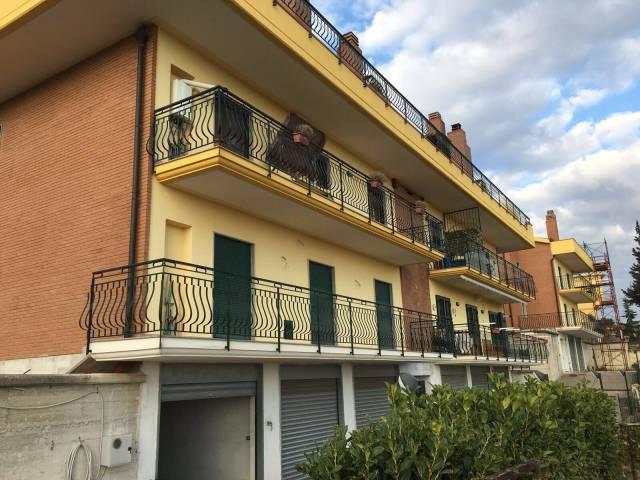 Appartamento in vendita a Montecorvino Pugliano, 4 locali, prezzo € 140.000 | CambioCasa.it