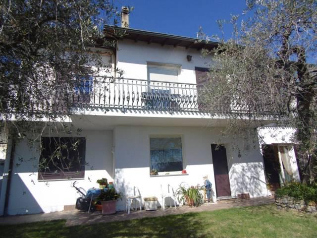 Villa in vendita a Andora, 6 locali, prezzo € 650.000 | CambioCasa.it
