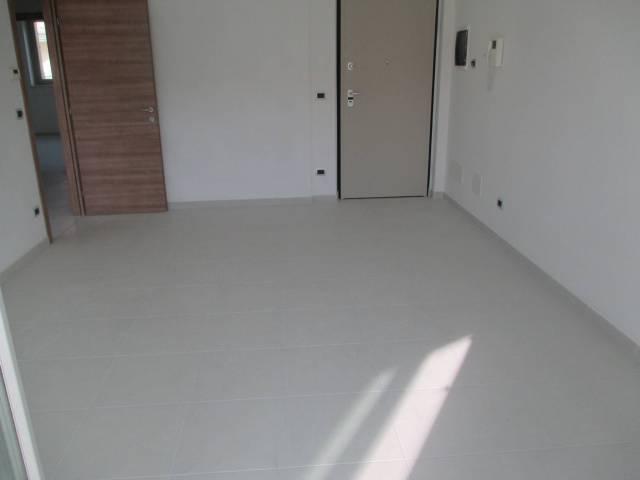 Appartamento in affitto a Rivoli, 4 locali, prezzo € 770   CambioCasa.it