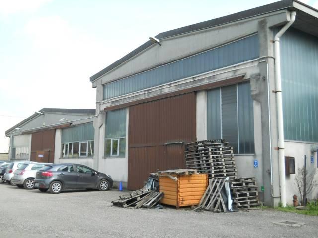 Capannone in vendita a Nerviano, 2 locali, Trattative riservate | CambioCasa.it