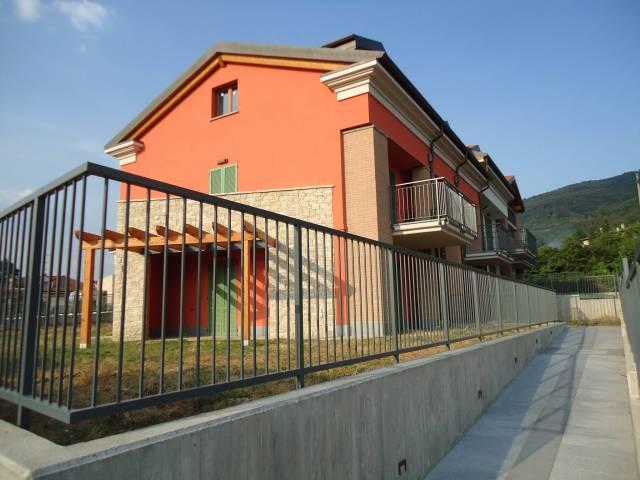 Appartamento in vendita a Dolzago, 4 locali, prezzo € 237.000 | CambioCasa.it