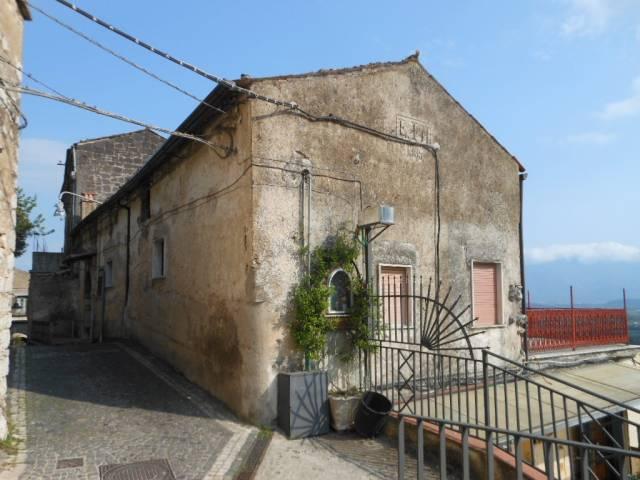 Soluzione Indipendente in vendita a Pietravairano, 4 locali, prezzo € 54.000   CambioCasa.it
