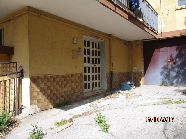 Magazzino in affitto a Mercato San Severino, 1 locali, prezzo € 200 | CambioCasa.it