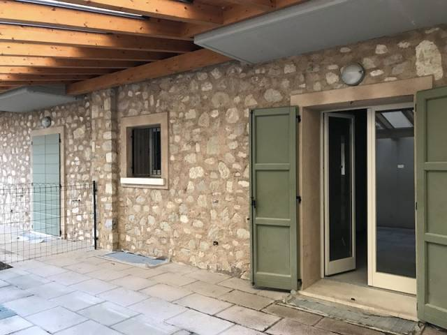 Soluzione Indipendente in vendita a Gussago, 4 locali, prezzo € 280.000 | CambioCasa.it