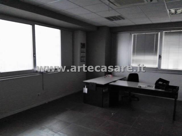 Ufficio / Studio in Vendita a Trezzano sul Naviglio