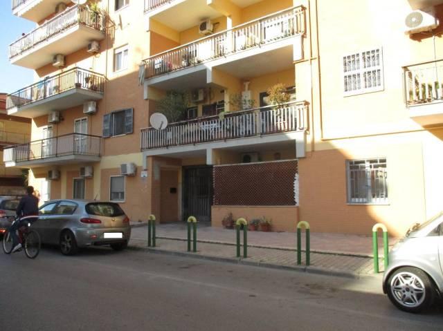 Appartamento in vendita a Acerra, 3 locali, prezzo € 99.000 | CambioCasa.it