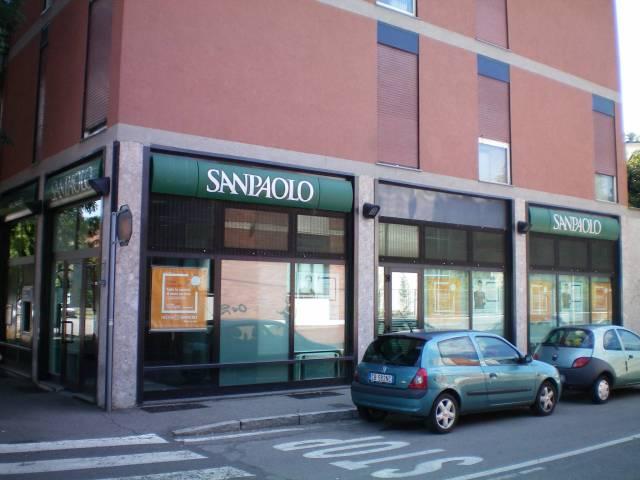 Negozio / Locale in affitto a Monza, 1 locali, zona Zona: 5 . San Carlo, San Giuseppe, San Rocco, prezzo € 2.500 | CambioCasa.it