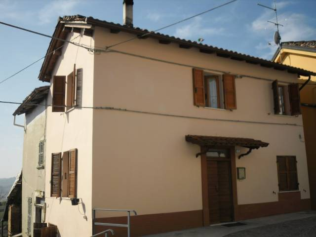 Rustico / Casale in vendita a Mombaruzzo, 4 locali, prezzo € 57.000 | CambioCasa.it