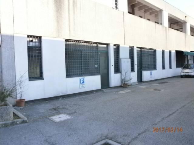 Capannone in affitto a Vicenza, 1 locali, prezzo € 350 | CambioCasa.it